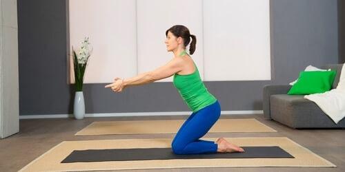 Yoga Pilates Übung - Shakiti