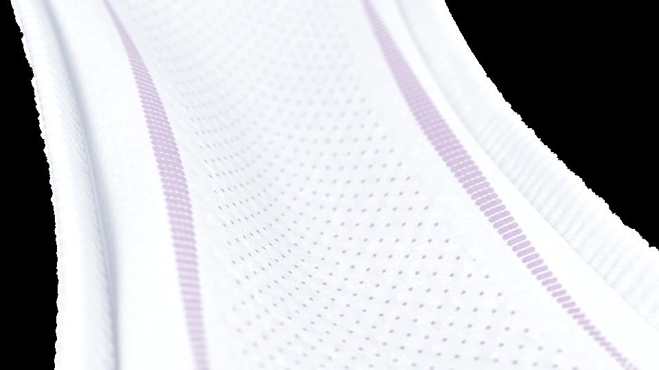 O elástico lateral macio dá forma ao penso para um melhor ajuste