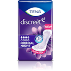 Eine Abbildung einer TENA Discreet Normal Night Inkontinenzeinlage vor einem blauen Hintergrund