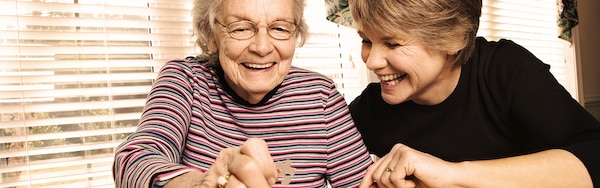 1600x500_Young_woman_and_older_woman_doing_a_puzzle_AD_1_4.jpg