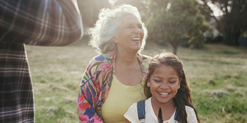 TENA-CGR-Lifestyle-image-for-web-Woman-with-young-girl-500x250.jpg