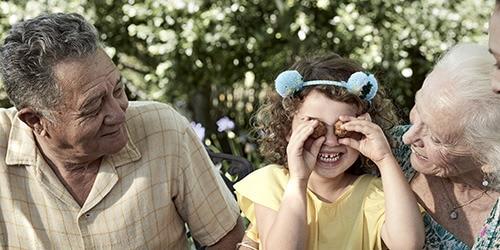 Par med barnbarn