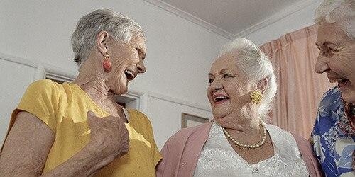 babicky stare damy rady