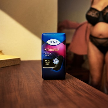 TENA Silhouette Noir Mini Pads