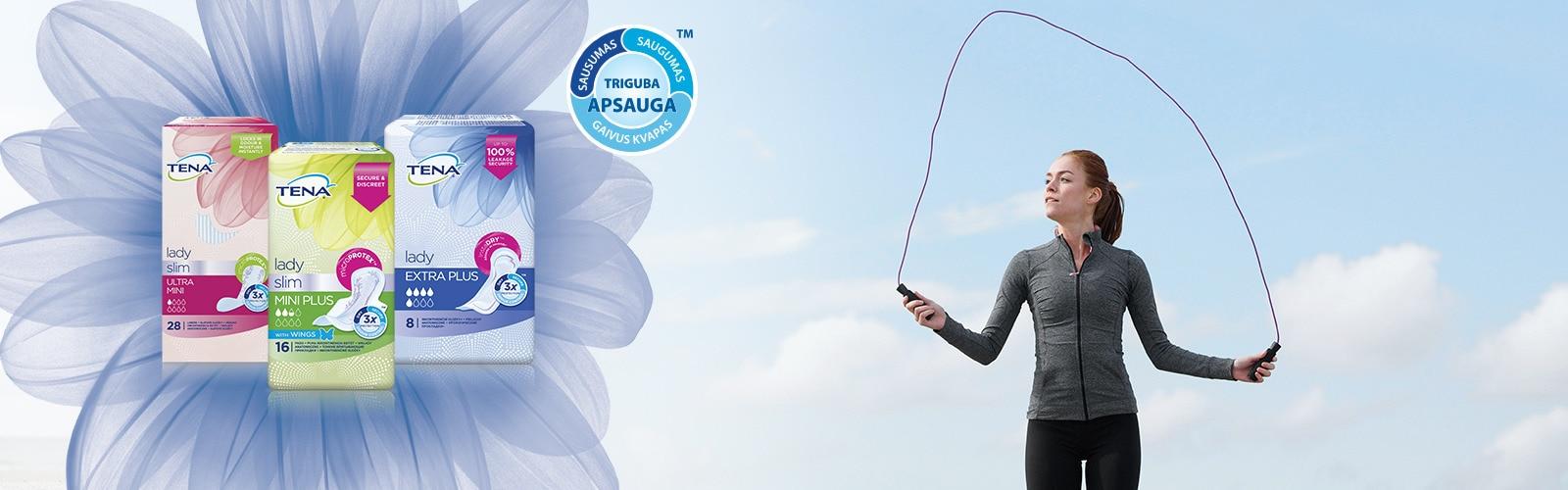 Moteris sportuoja naudodama TENA įklotus nuo šlapimo nelaikymo