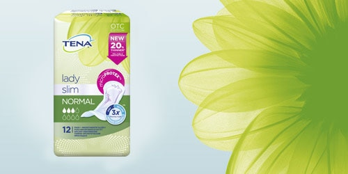Зображення упаковки TENA Lady Slim поруч із квіткою