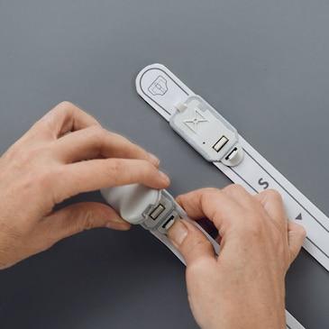 Hvordan transmitteren sættes på sensorstrippen