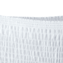 TENA Pants Inkohousut tuntuvat miellyttäviltä pehmeän materiaalinsa ansiosta